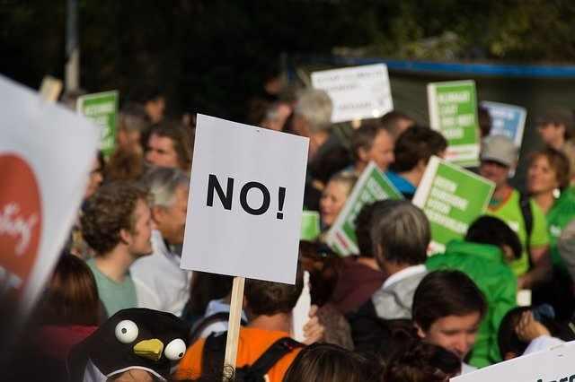 протестите срещу Гешев